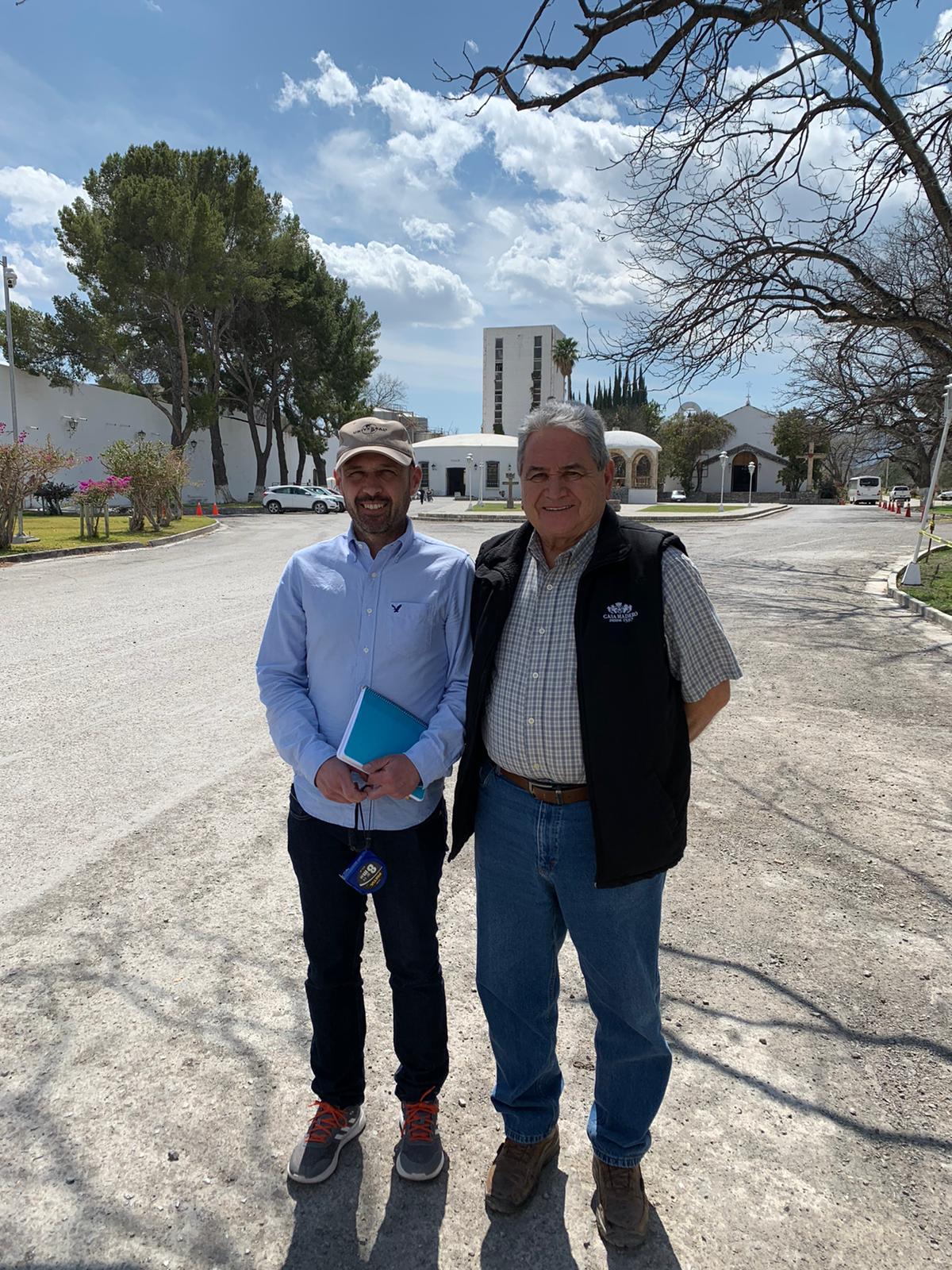 Los enólogos Paco Rodriguez de Casa Madero, y Juan Francisco Mejías de ALFATEC Ingeniería